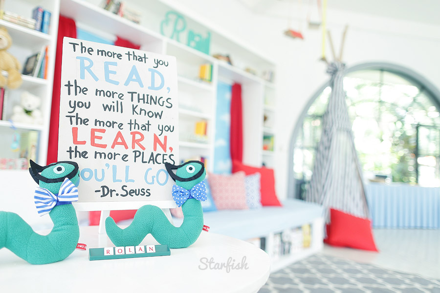 bookworm themed kiddie party photo by Starfish Media